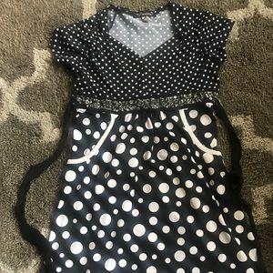 Cute girls 🌻 black and white polk-a-dot dress